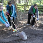 Members of the Girl Scouts of San Jacinto prepare soil for rain garden plantings at the Houston Arboretum. Photo courtesy of Schwarzer.