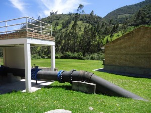 AWS works to promote water stewardship through training, best-practice sharing, and implementing water improvement projects such as this one in Latin America. © R. Monsivais/TNC