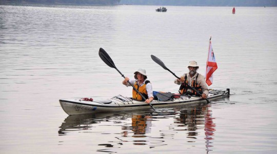 From left Linda and Gary De Kock kyak down the Mississippi River to raise money for Water For People (Denver). Photo courtesy of Gary De Kock.
