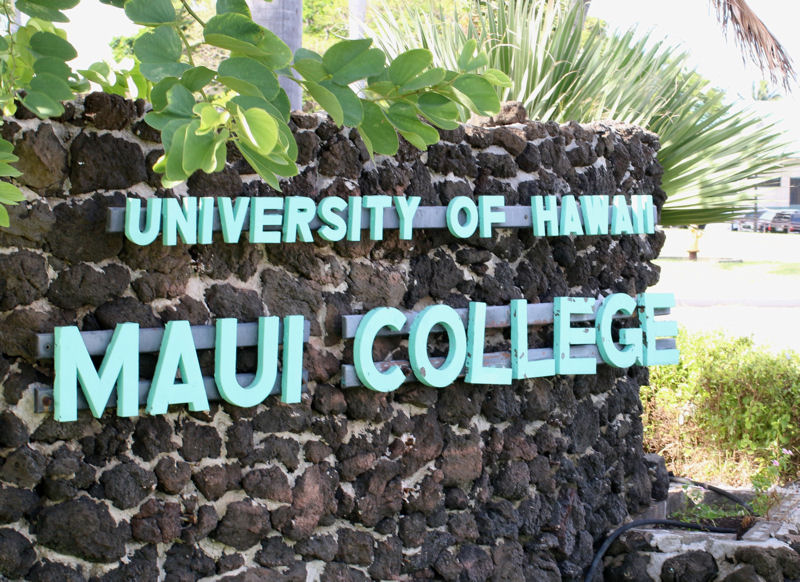 Current and aspiring water sector operators can participate in a training program at the Sustainable Living Institute of Maui (Kahului, Hawai'i). Photo courtesy of the University of Hawaiʻi Maui College (Kahului).