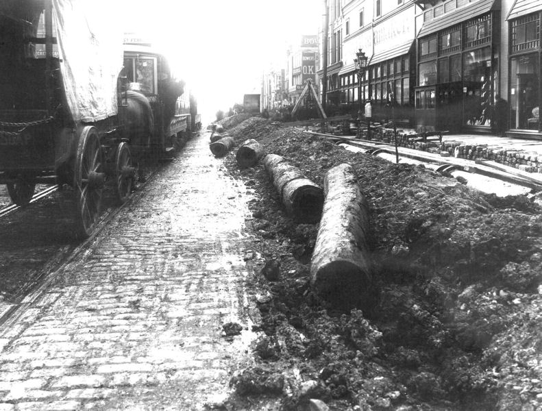 Philadelphia installed its first wooden mains around 1800 to distribute water through the city using gravity. Photo courtesy of the Philadelphia Water Department Historical Collection.
