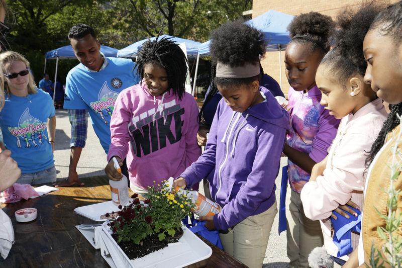 Nearly 400 kindergarten-through-eighth-grade students took part in the Water Palooza. Photo courtesy of Oscar & Associates.