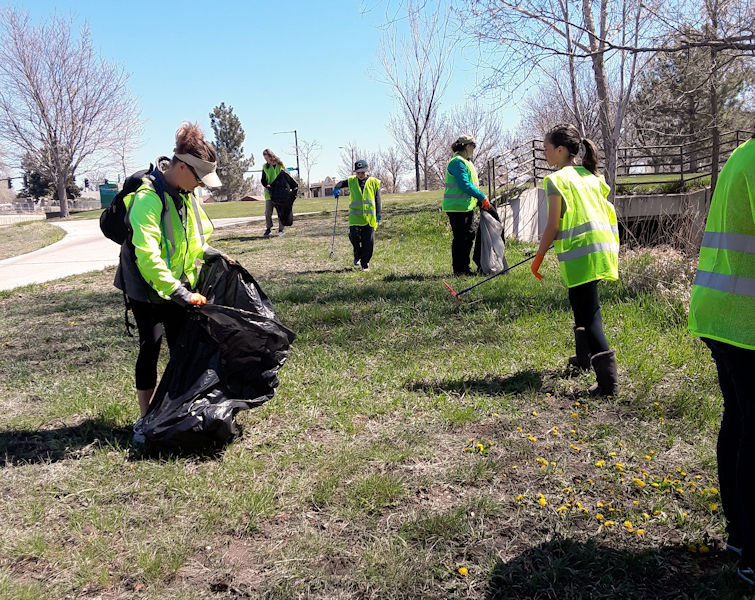 On April 20, the public was invited to celebrate the facility's anniversary by participating in a river walk clean-up event. Photo courtesy of the South Platte Water Renewal Partners.