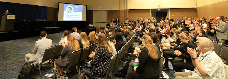 A crowd gathers to see which teams earned top spots in the 2018 Student Design Competition. Photo courtesy of Oscar and Associates.
