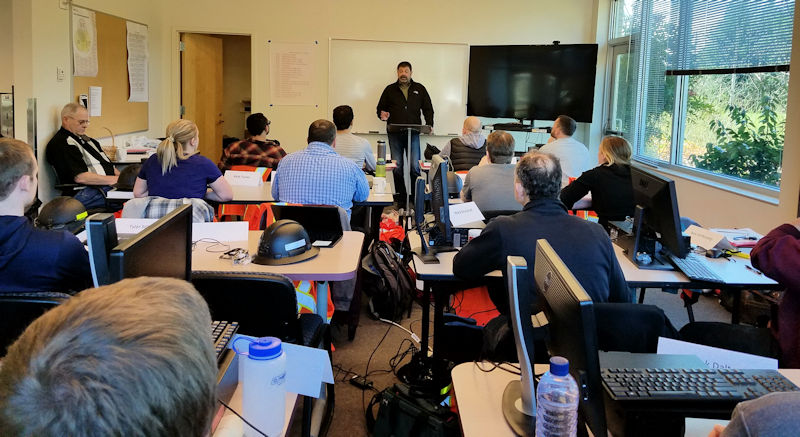 Robert Waddle, King County operations manager, addresses an OIT class during the 8-week Wastewater Academy. Photo courtesy of the King County Wastewater Treatment Division.