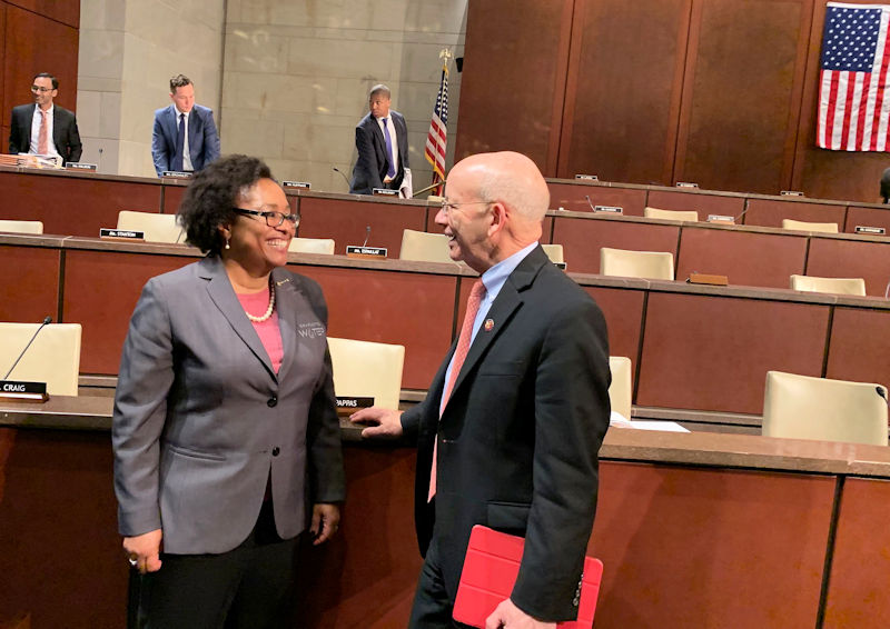 Lee talks to DeFazio after she finished giving testimony on the need to support water infrastructure funding programs in a U.S. House of Representatives Committee on Transportation and Infrastructure hearing. WEF photo/Dye.